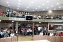 Com Casa lotada, Câmara recebe prefeito de Itabirito, e vereadores fazem questionamentos