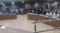 Vereadores discutem assuntos importantes para o município e votam Projetos de Lei.